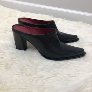 Donald Pliner black block heel leather mule